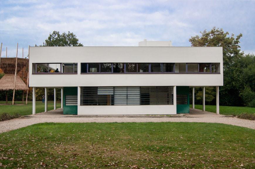 Villa-Savoye-Le-Corbusier-facade