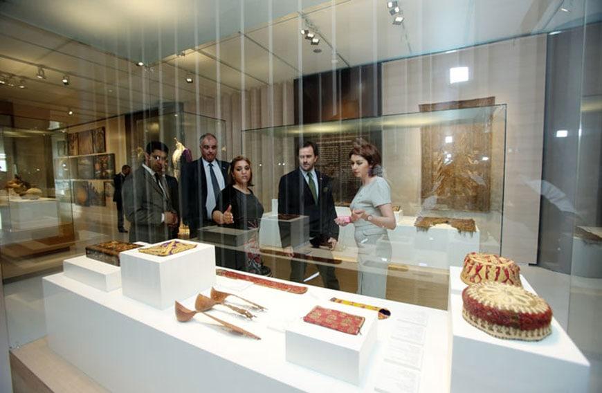 heydar-aliyev-center-baku-azerbaijan-museum-6