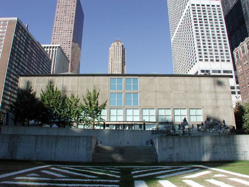 mca-museum-of-contemporary-art-chicago-1