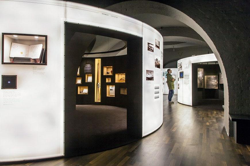 Danish-Jewish-Museum-Copenhagen-Daniel-Libeskind-1