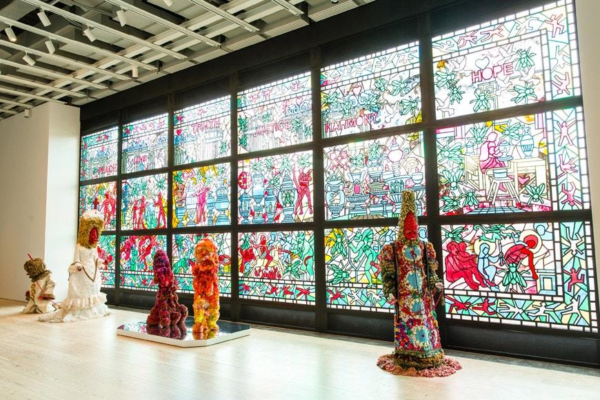 Whitney-biennial-2017-15-Raul-de-Nieves-Installation
