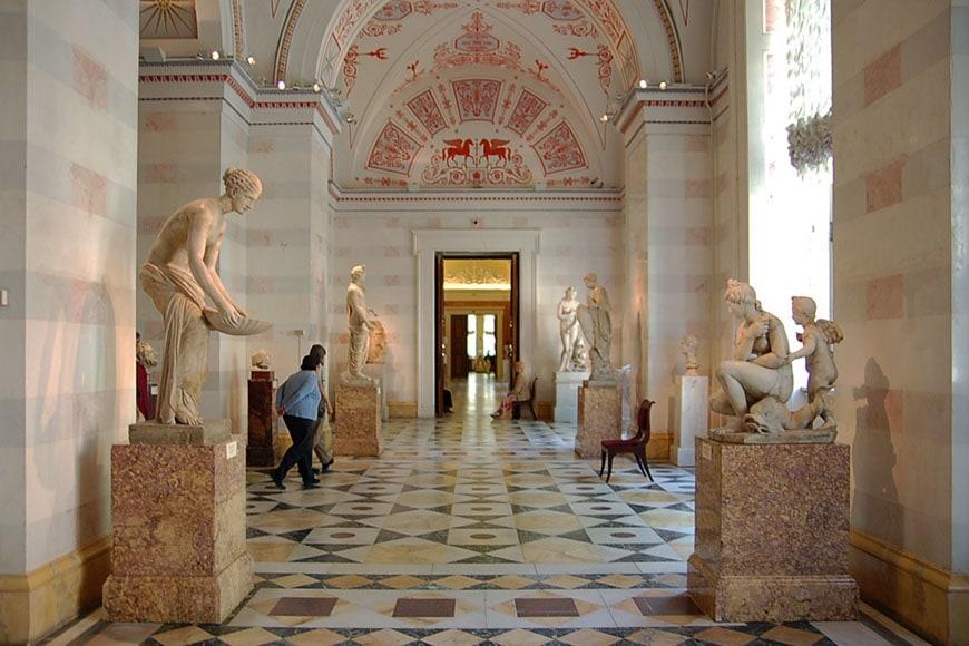 Hermitage-museum-Saint-Petersburg-04