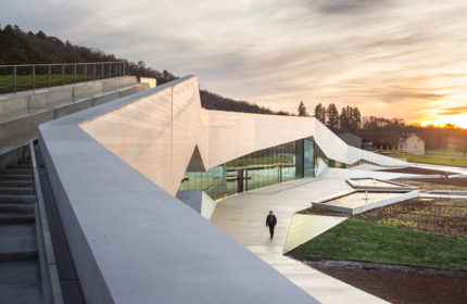Snøhetta + Casson Mann: Lascaux 4 – International Center for Cave Art