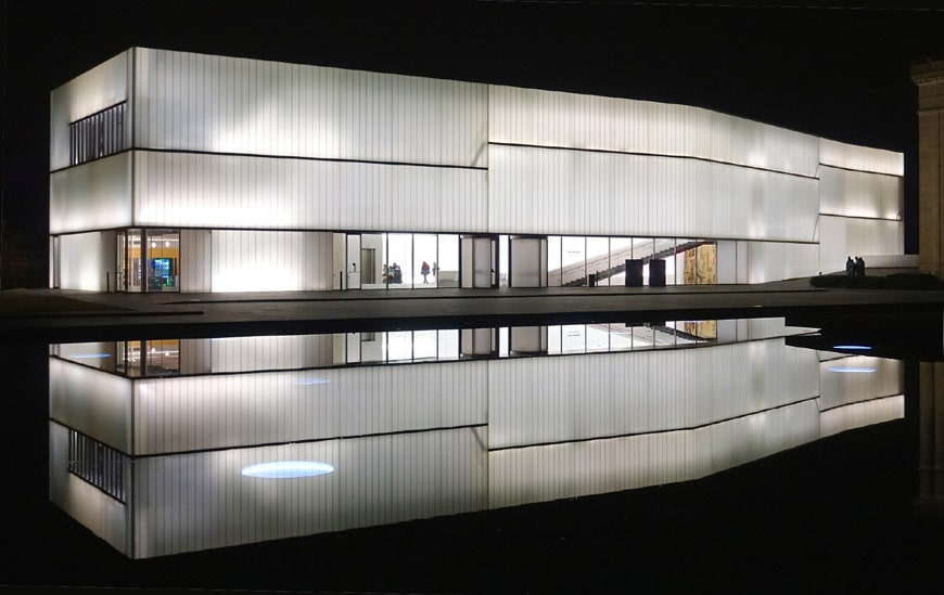 Nelson Atkins Museum of Art Kansas City Steven Holl Bloch building expansion