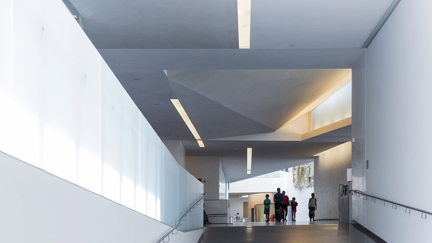 Nelson Atkins Museum of Art Kansas City Steven Holl interior 01