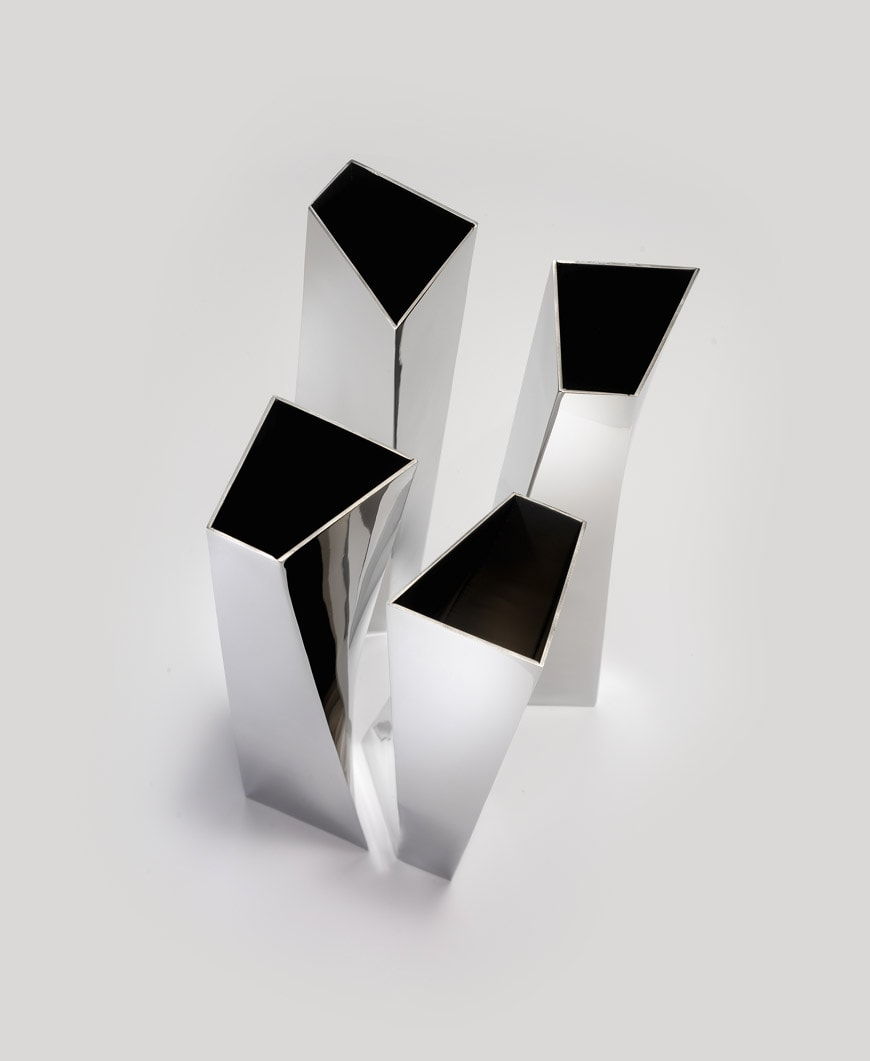 35-MAXXI-Zaha-Hadid-and-Italy-Alessi-Crevasse-Vase