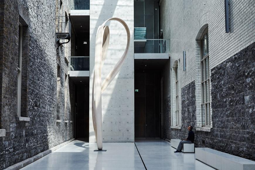 Joseph Walsh Magnus Modus timber sculpture