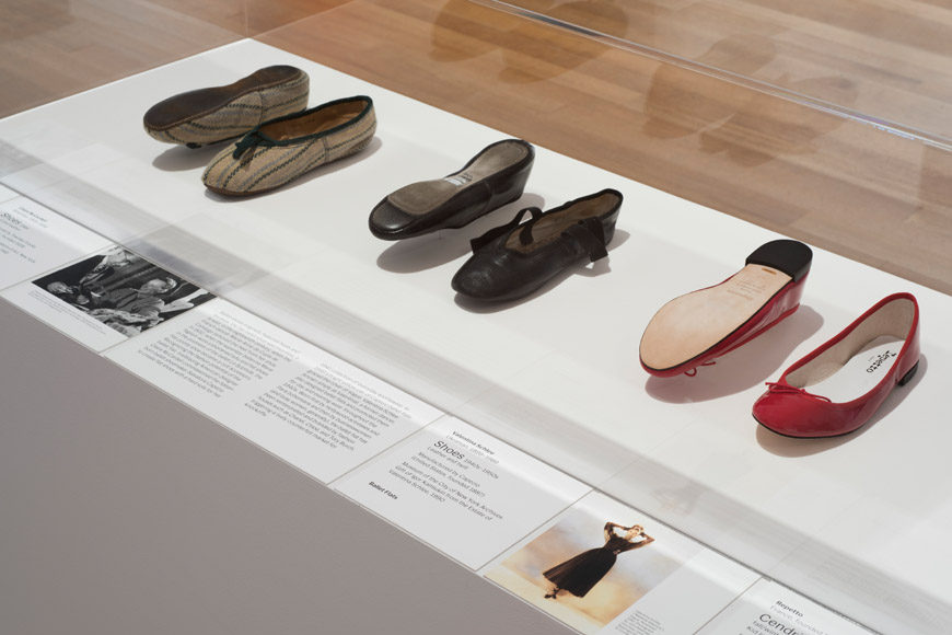 MoMa-is-fashion-modern-shoes