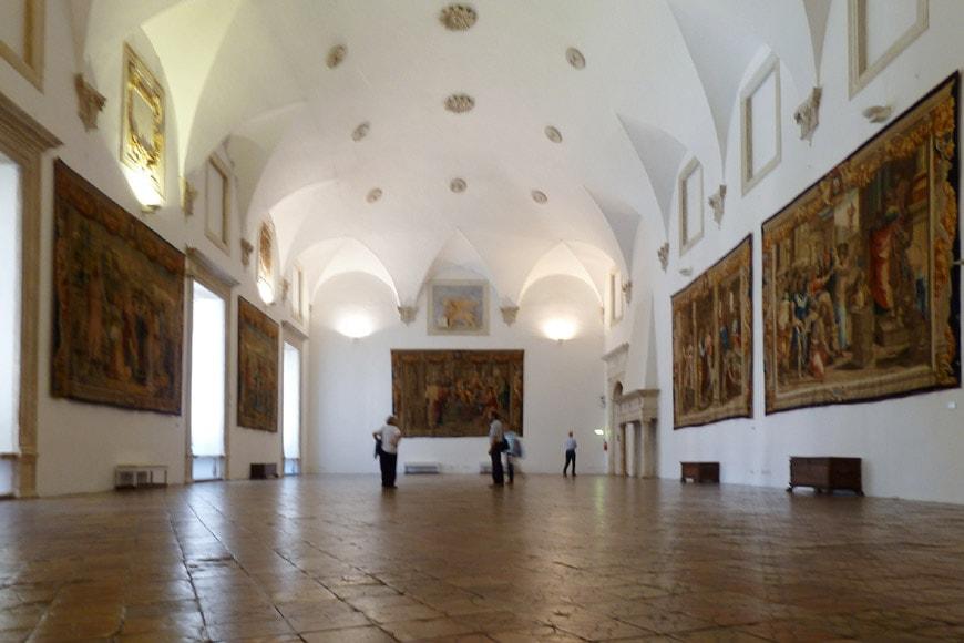 Urbino-Palazzo-Ducale-sal arazzi 2