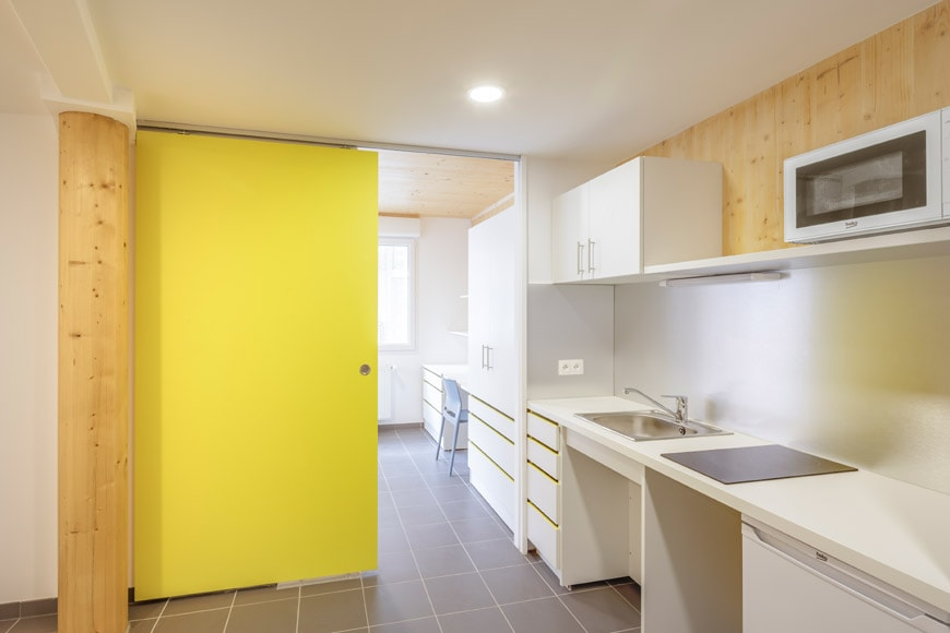 A-PLUS-student-residence-Marseille-kitchen