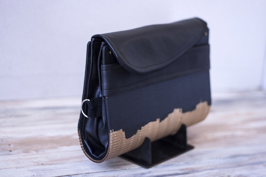 Black&Wood handcafterd wood and eco-leather bags and clutches by Elena Ferrari 3