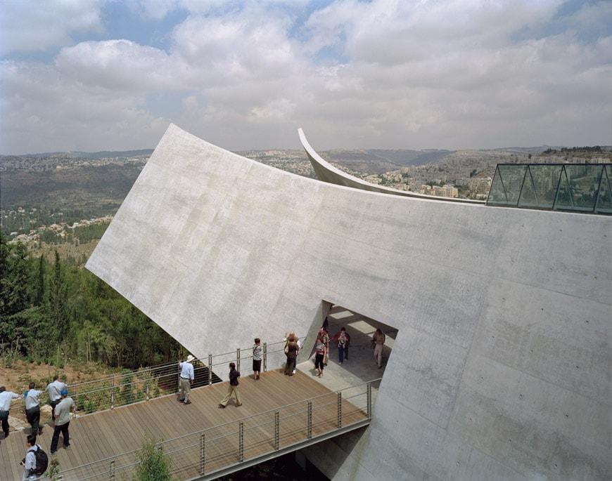 Moshe Safdie Yad Vashem memorial Jerusalem