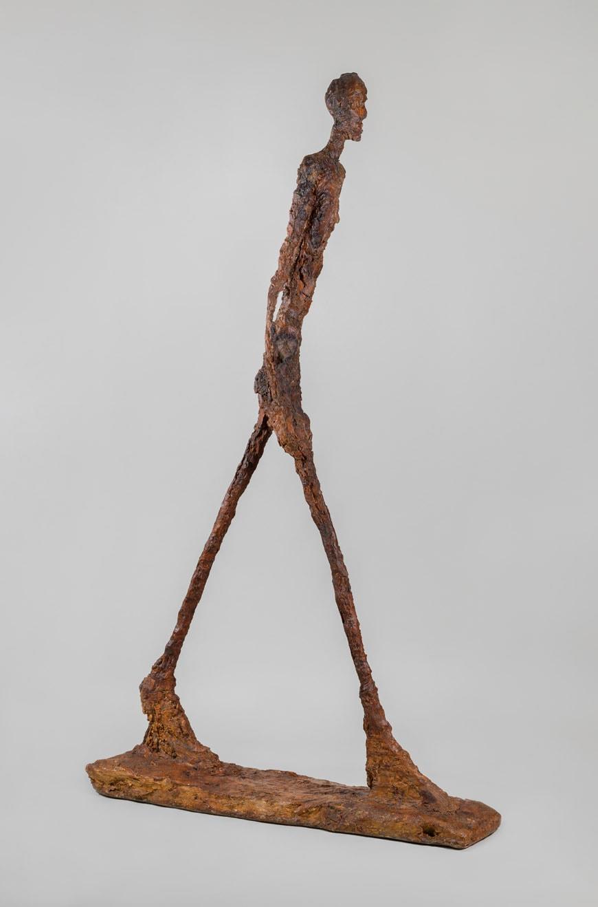 Alberto-Giacometti-Walking-Man-II-1960-coll.-Fondation-Giacometti-Paris-Bacon-Giacometti-Beyeler