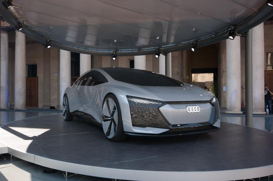 Audi-Aicon-self-driving-concept-car-Milan-Design-Week-2018-L-Inexhibit