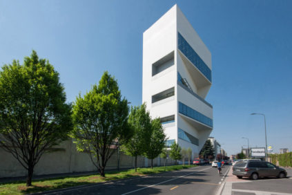 "The new ""Torre"" of the Fondazione Prada Milan by Rem Koolhaas / OMA"