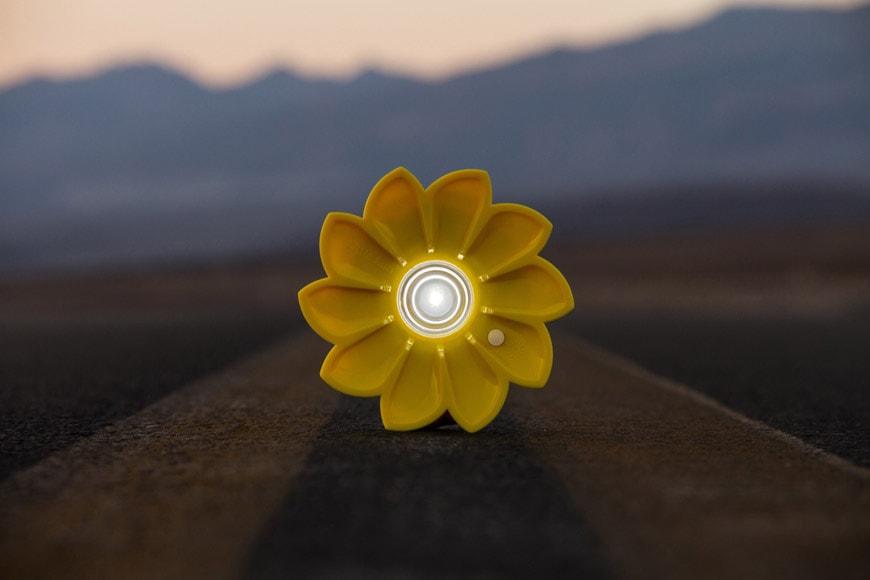 Olafur Eliasson Little Sun sustainable photovoltaic portable lamp 6