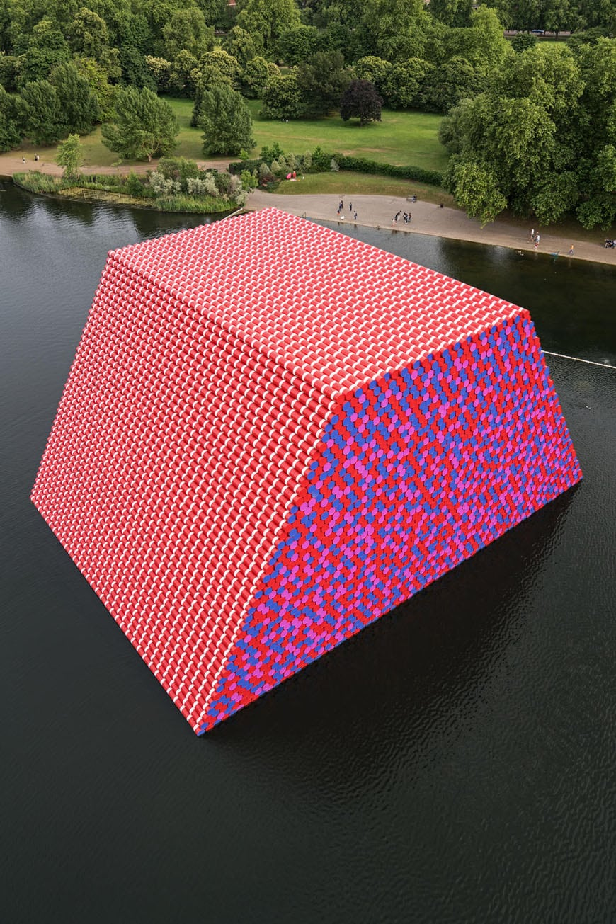 Christo London Mastaba floating installation Serpentine Lake Hyde Park 2018 07