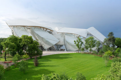 Fondation Louis Vuitton PArigi Frank Gehry vista esterna