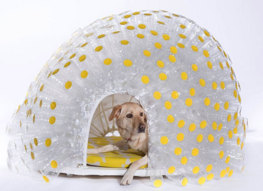 Upcycling-SPARK-Architects-recycled-plastic-bottles-kennel
