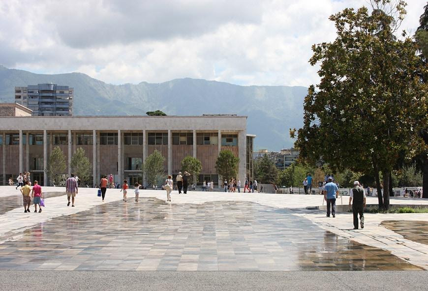 Public-Space-prize-CCCB-2018-winner-Tirana-3-Dujardin