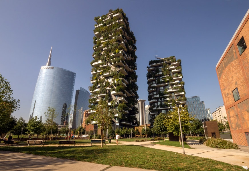 Bosco Verticale Vertical Forest towers Milan Stefano Boeri 01 Inexhibit
