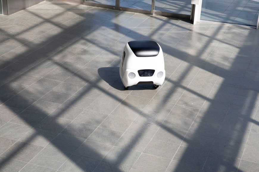 Yape-urban-delivery-vehicle-shadows-1