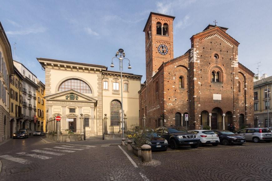 Biblioteca Ambrosiana art museum Milan rear facade