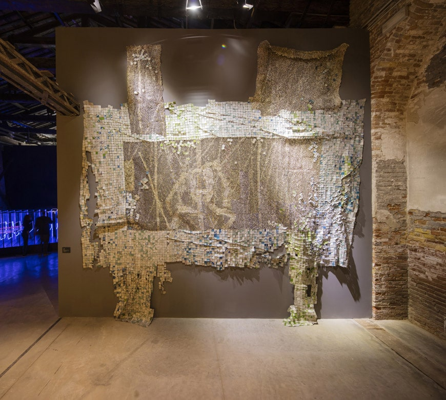 El-Anatsui-Yaw-Berko-Ghana-Pavilion-Photo-by-David-Levene
