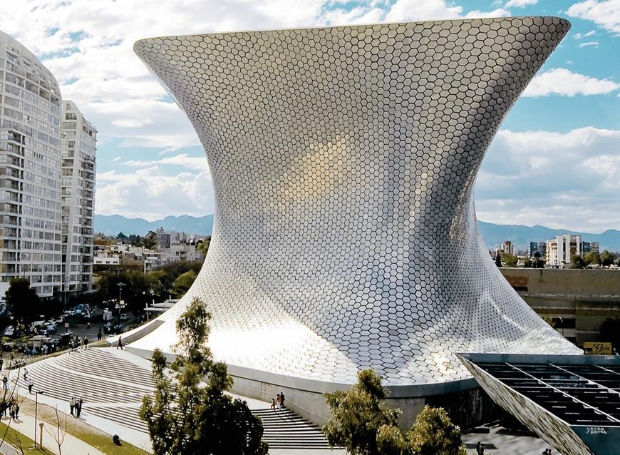 Museo Soumaya Plaza Carso Mexico City, Fernando Romero 01