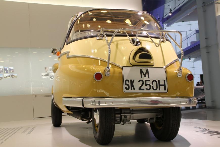 BMW-Isetta-microcar-1955
