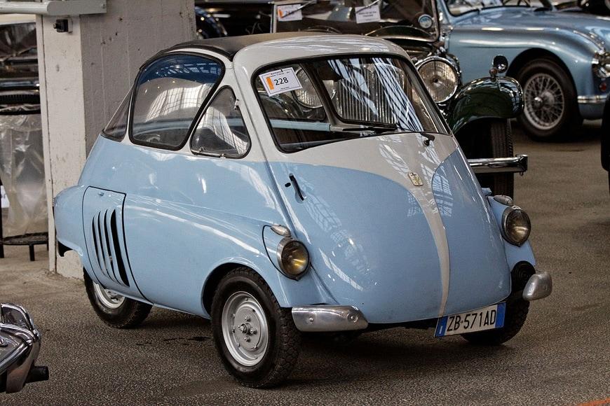 Iso Rivolta Isetta microcar 1953