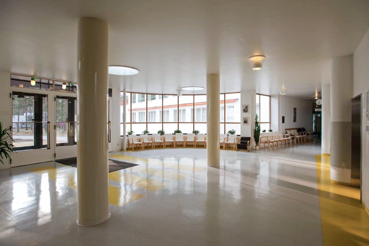 Paimio Sanatorium Alvar Aalto entrance hall