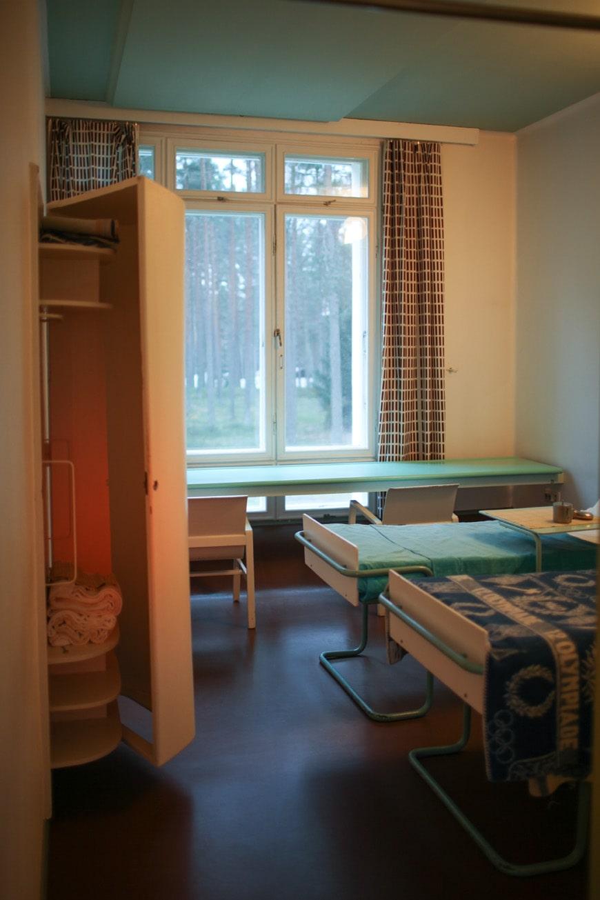 Paimio Sanatorium Alvar Aalto typical patient room