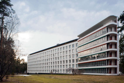 Paimio Sanatorium Finland Alvar Aalto exterior 1