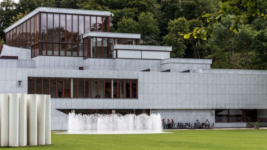 Kunsten Art Museum Aalborg Alvar Aalto exterior 1