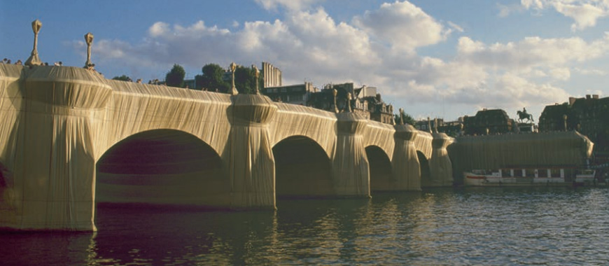 Centre-Pompidou-Paris-Christo-Pont-Neuf-1985