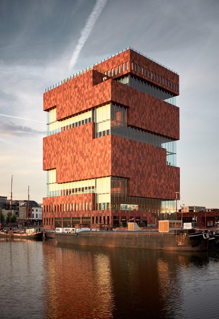 MAS-Museum-aan-de-Stroom-Antwerp-Neutelings-Riedijk-Architecten-exterior-4