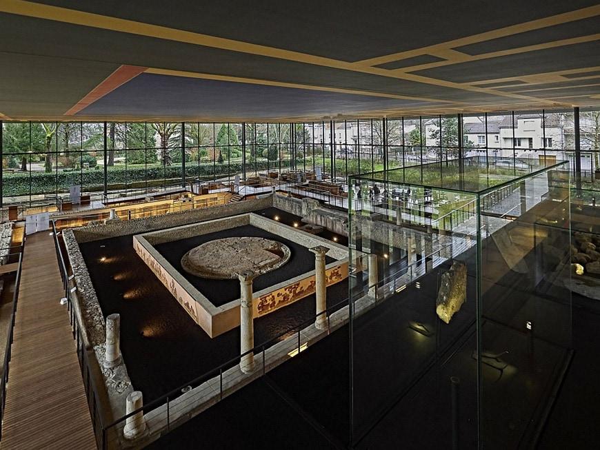 Vesunna-Gallo-Roman-Museum-Perigueux-Dordogne-Jean-Nouvel-interior-1