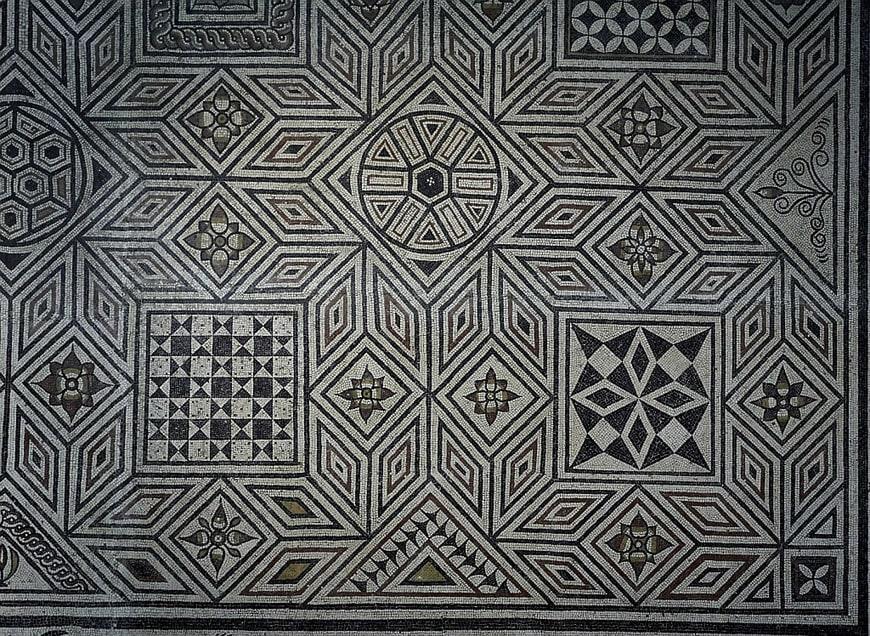 Vesunna-Gallo-Roman-Museum-Perigueux-Dordogne-mosaic