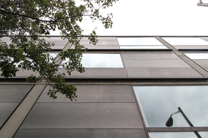 Louis Kahn Yale Center for British Art New Haven facade