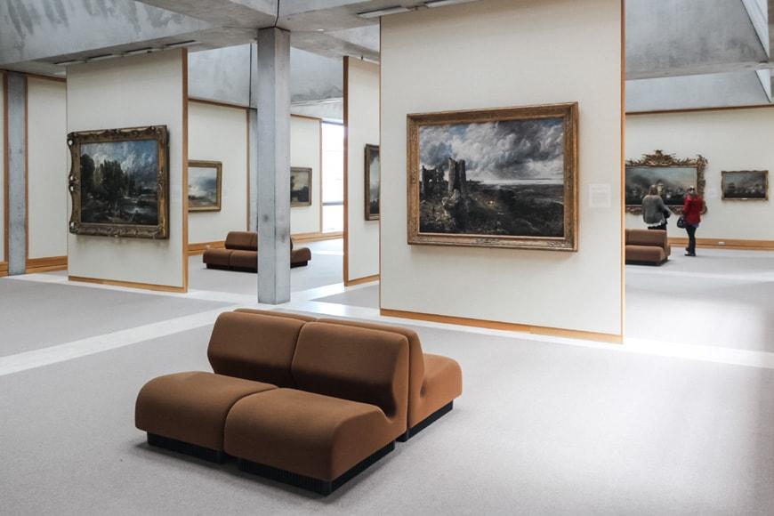 Louis Kahn Yale Center for British Art New Haven interior 1