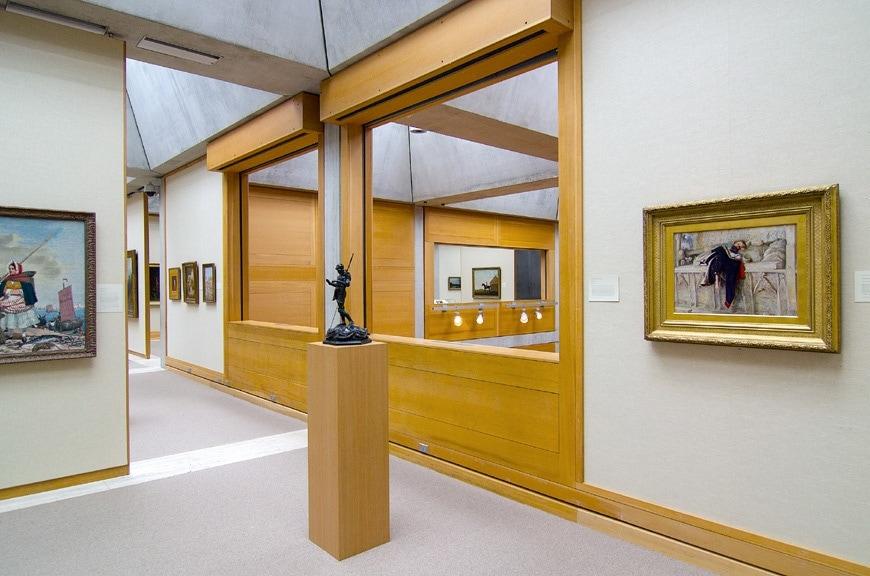 Louis Kahn Yale Center for British Art New Haven interior 7