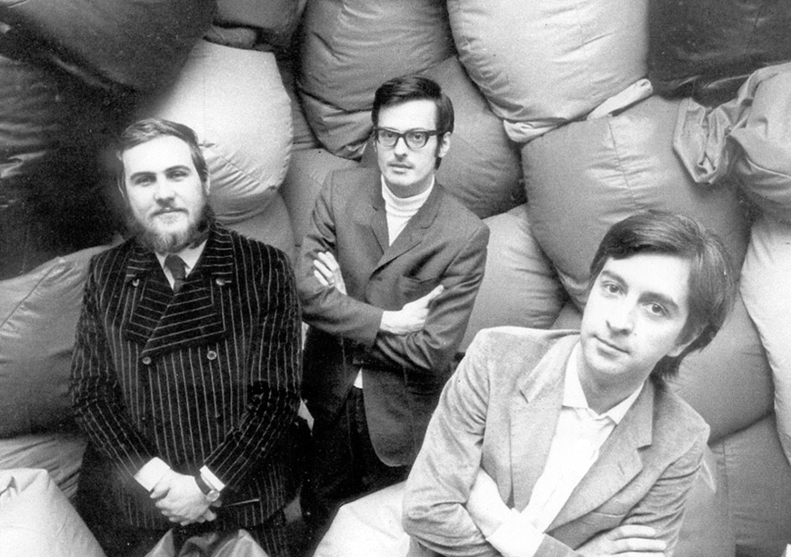 1969-Gatti-Paolini-Teodoro-poltrona-Sacco-Zanotta