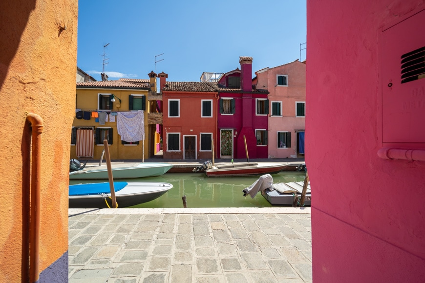Burano island Venice colored houses 02 Inexhibit
