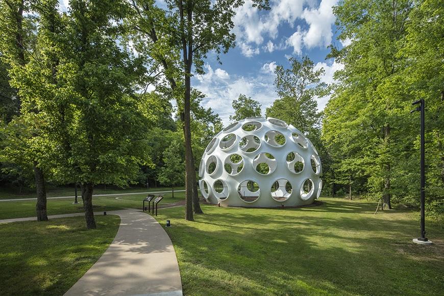 rystal-Bridge-Museum-of-American-Art-Buckminster-Fuller-dome