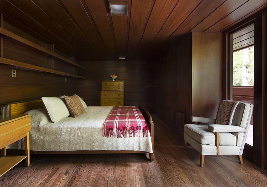FL Wright Bachman-Wilson House master bedroom