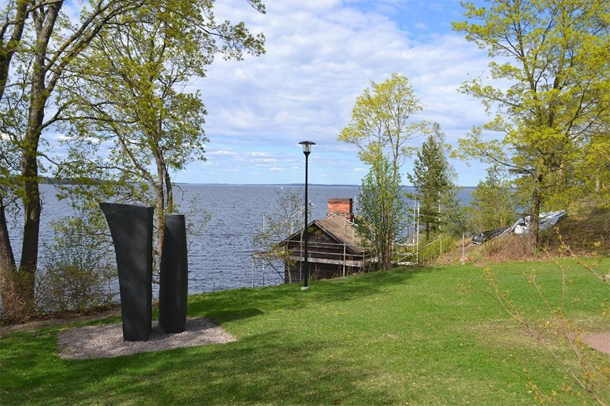 Sara Hilden Art Museum Tampere sculpture park and lake