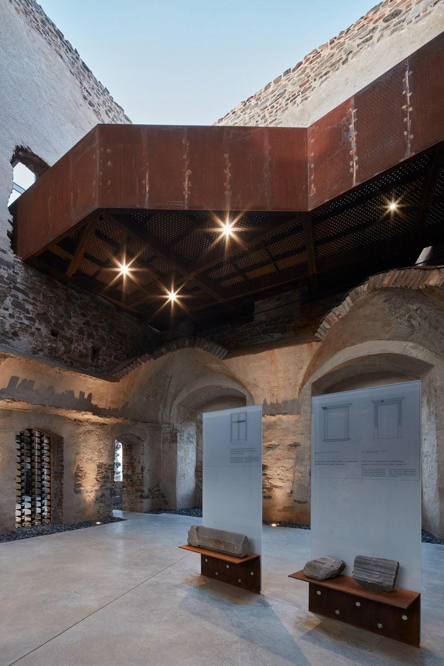 helstyn-castle-palace-reconstruction-atelier-r-boysplaynice-27