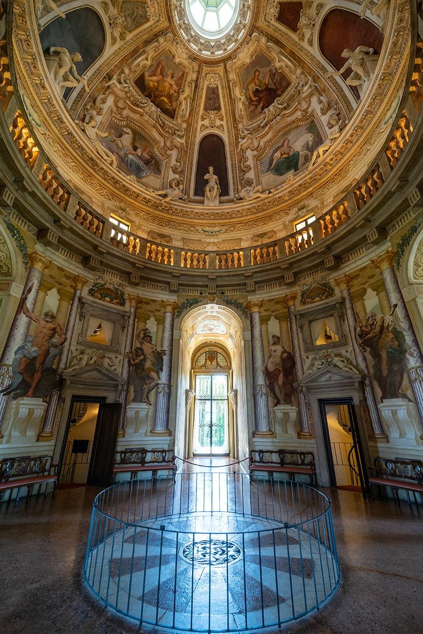 Villa La Rotonda Vicenza Andrea Palladio interior 5 Inexhibit