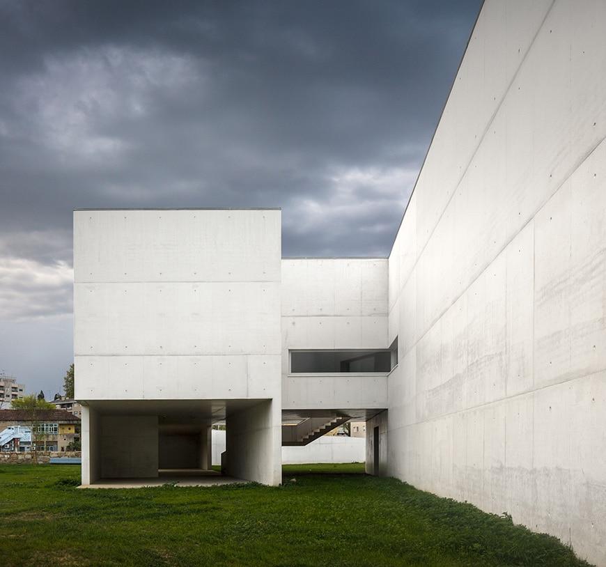 Nadir Afonso Contemporary Art Museum Chaves, Alvaro Siza exterior 4
